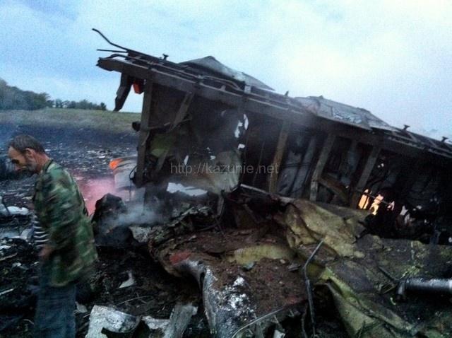 マレーシア航空機の撃墜、ロシアとウクライナが非難ほか今日の #スクラップ #2014 #7/18